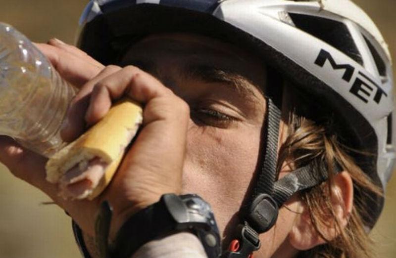 Que comer para entrenar en bicicleta y mejorar desempeño - Ciclista - CicloMag Revista de Bicicletas