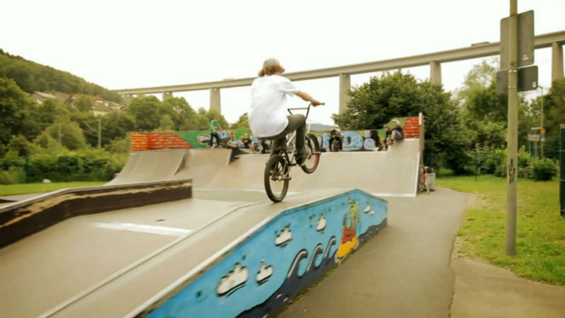 Excelente video de bicicletas BMX - Bruno Hoffmann