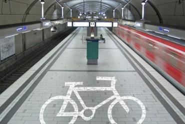 Juntan firmas para promover las bicicletas en España