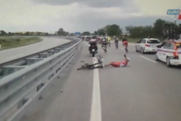 Mira la caida de Vladimir Gusev en el Giro de Italia 2014