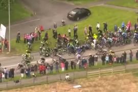 Ver la caida masiva de la etapa 3 del Giro de Italia 2014 desde otro angulo