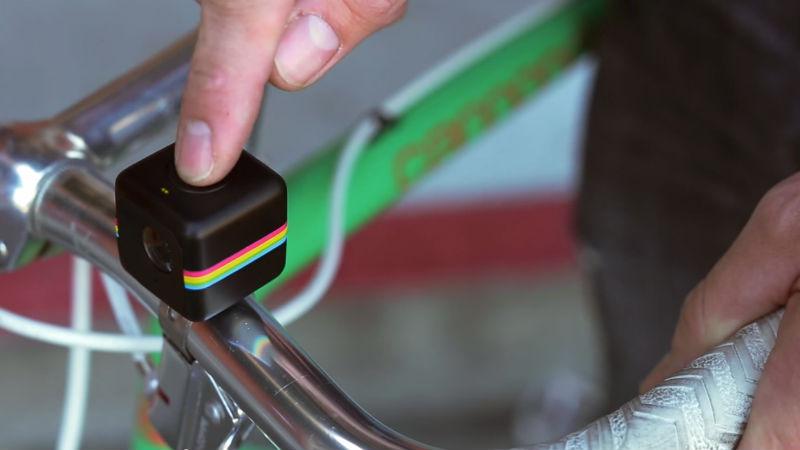 Camara de accion Polaroid Cube para ciclistas innovadores y bicicletas con estilo