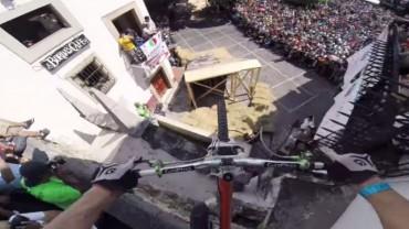 Kelly McGarry en el Taxco Urban Downhill
