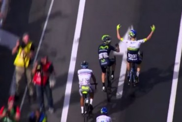 Simon Clarke penso haber ganado la etapa 4 del Giro 2015