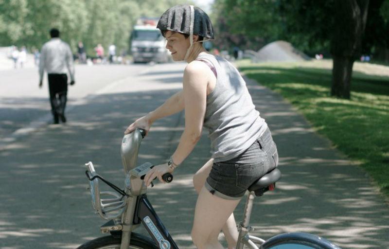 Pulp Paper Helmet - Casco para bicicletas de papel Parque