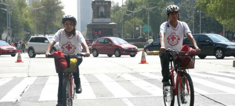 Cruz Roja utiliza bicicletas en México para primeros auxilios