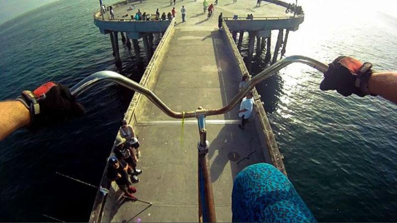 Paseo en bicicleta de 4 metros de altura