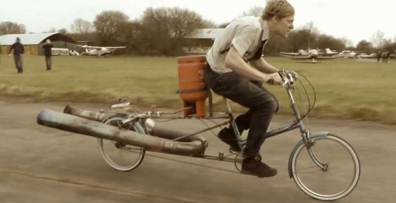 Una locura la bicicleta Jet es la bicicleta más insegura y peligrosa