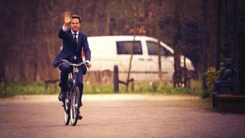 Mark Rute en bicicleta se reune con Obama
