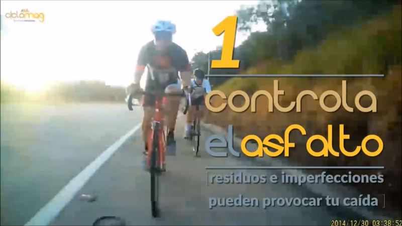 controla el asfalto y evita un accidente de bicicletas