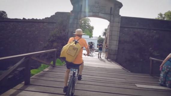 Viajando en Bicicleta por Colonia del Sacramento