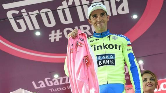 Alberto Contador podra continuar en el Giro 2015