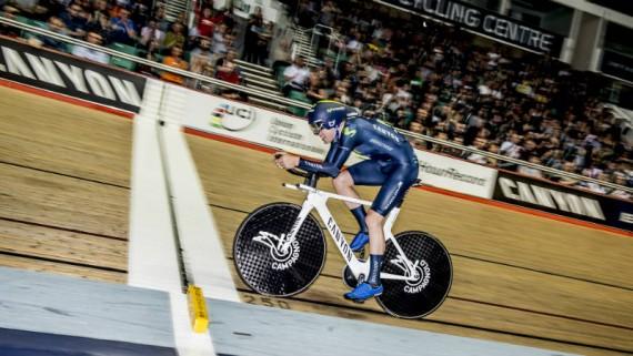 Alex Dowsett es el nuevo ciclista más rápido en una hora Record UCI Hour