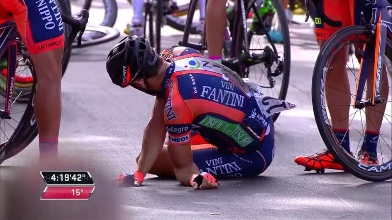 Daniele Colli Caida etapa 6 del Giro de Italia 2015