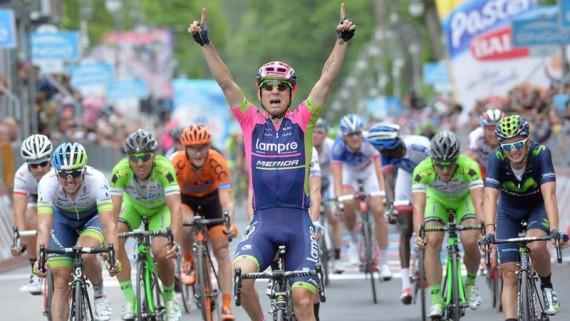 Diego Ulissi retorno a la victoria en la etapa 7 del Giro de Italia