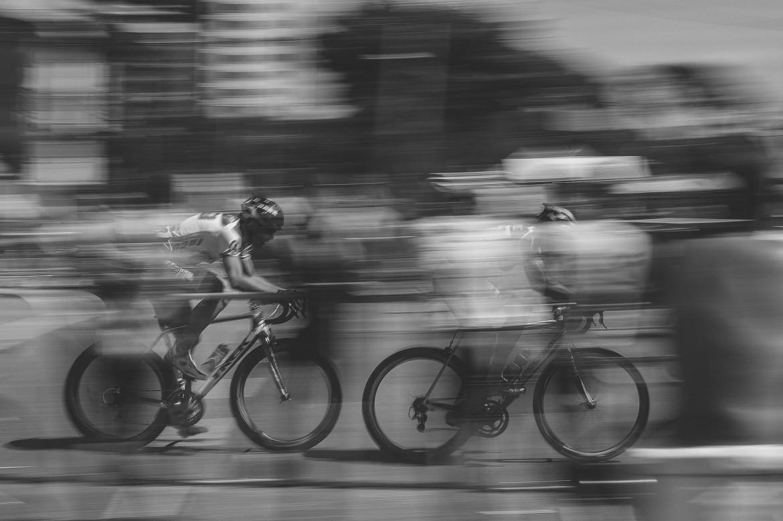 Balean a ciclista uruguayo para robarle la bicicleta