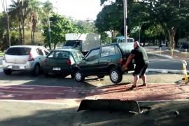Este brasilero nunca imagino lo que pasaria cuando estaciono sobre una de las ciclovías en Brasil