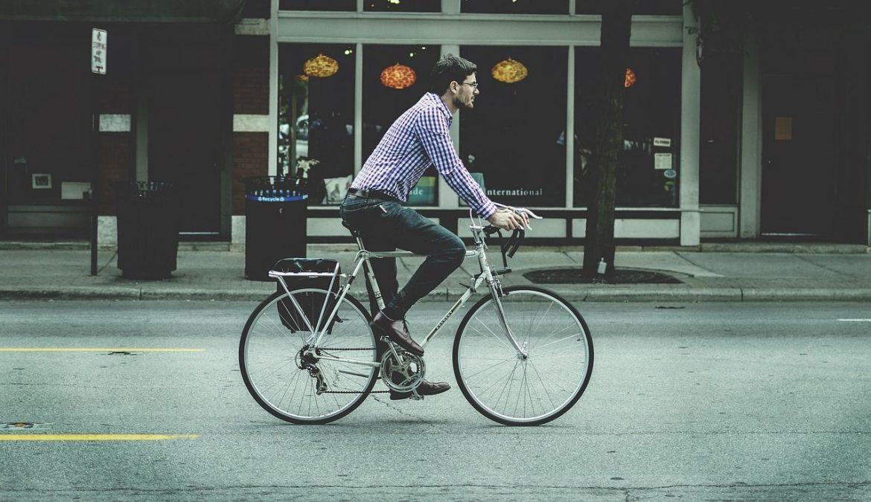 Bicicleta para ir al trabajo Foto: Pixabay
